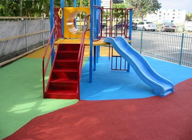 Резиновое покрытие для детской площадки своими руками